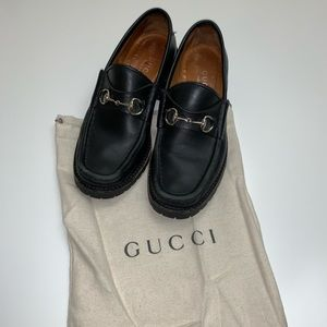 Gucci lug sole loafer
